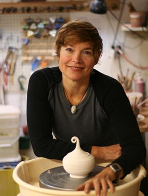barbara dunshee pottery seattle headshot